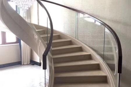 旋转楼梯案例