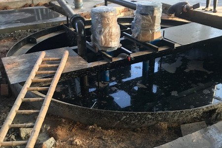 圆形带锥铁质污水池