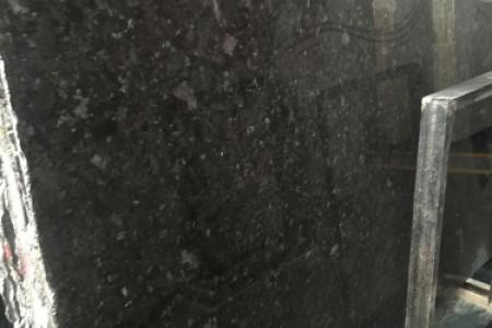 安哥拉黑水晶