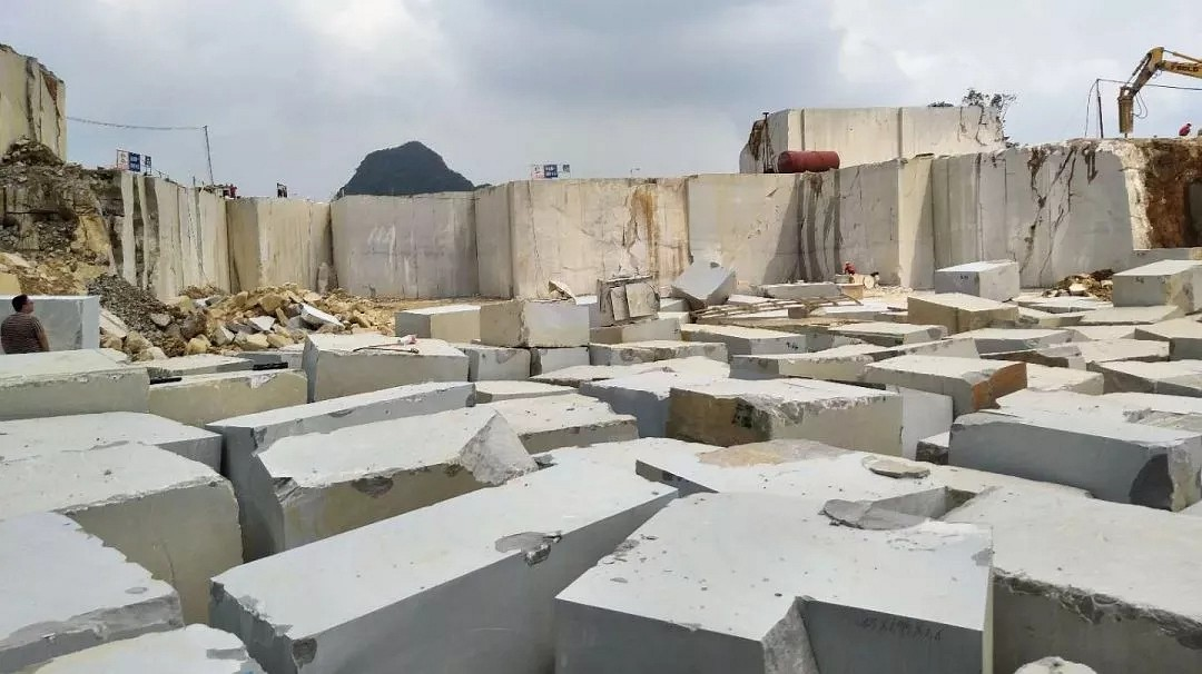 年产超100000m³:银灰龙大理石强势崛起