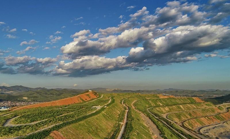 河北丰润:废弃矿山修复推进绿色发展