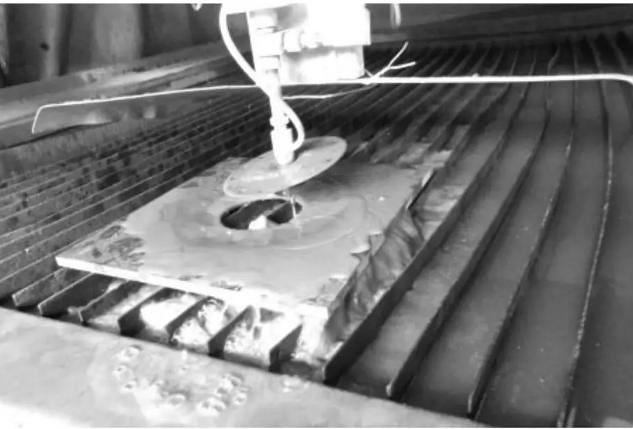 卫生间地漏石材套割打磨施工技术