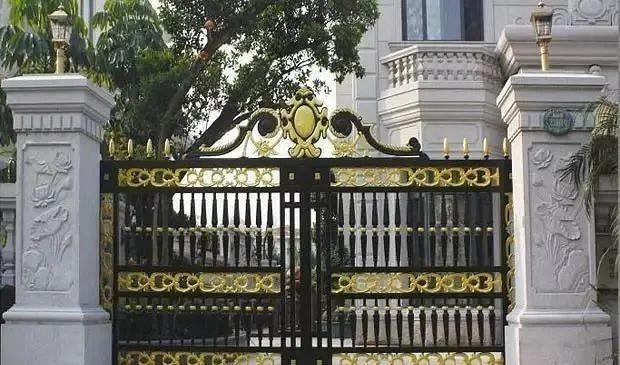 别墅庭院围墙大门,石材方柱设计参考