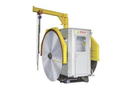 KCJA-1350-2800立式矿山采石机