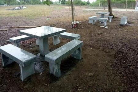 公园石桌配凳-方款