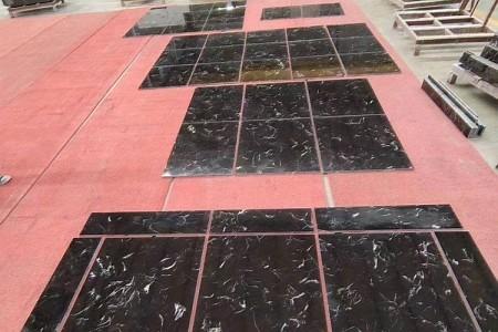黑郁冰花排板